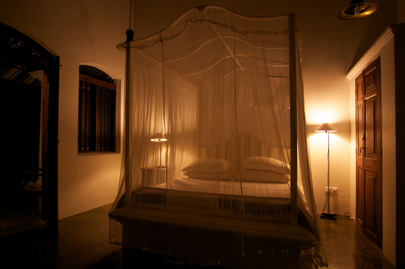Master bedroom of Coconut Wing at Nisala Arana